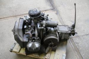 Citroen 2cv 12pk motor en bak