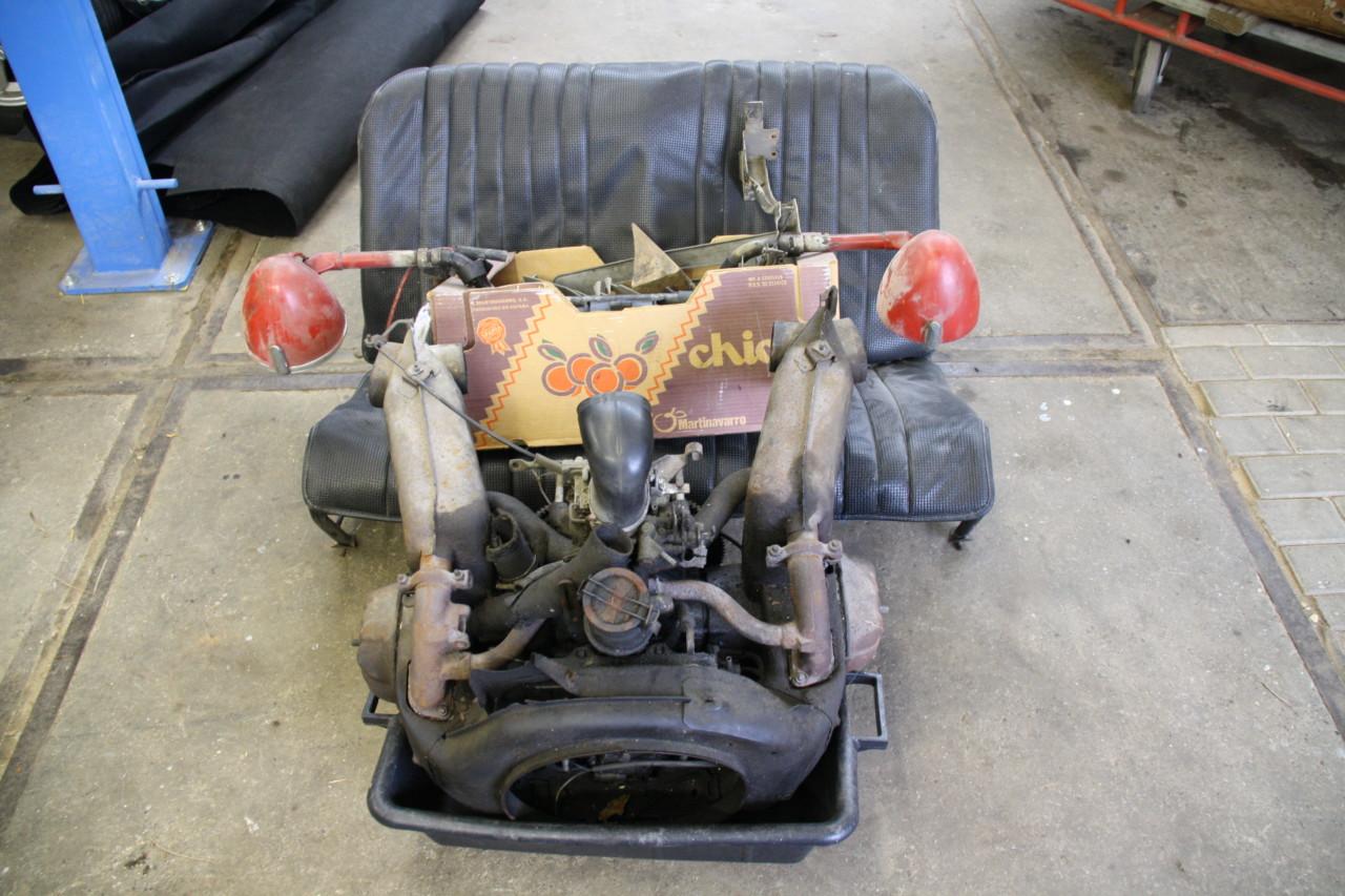 Citroen 2cv6 motor en onderdelen (2)