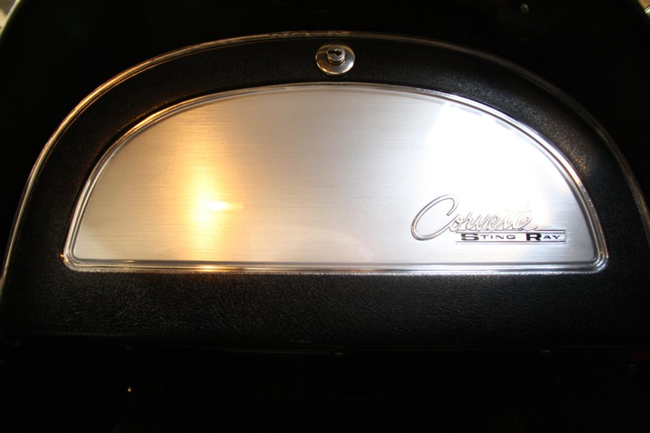 Chevrolet Corvette Sting Ray (6)