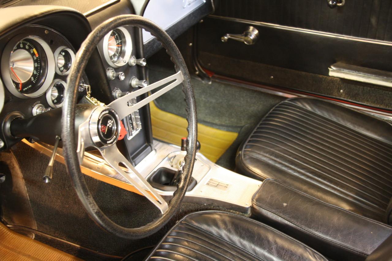 Chevrolet Corvette Sting Ray (64)