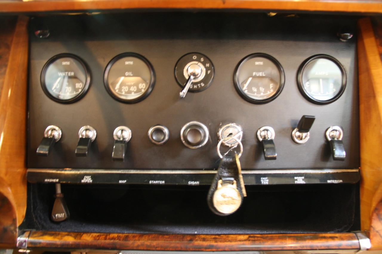 Jaguar MK II (45)