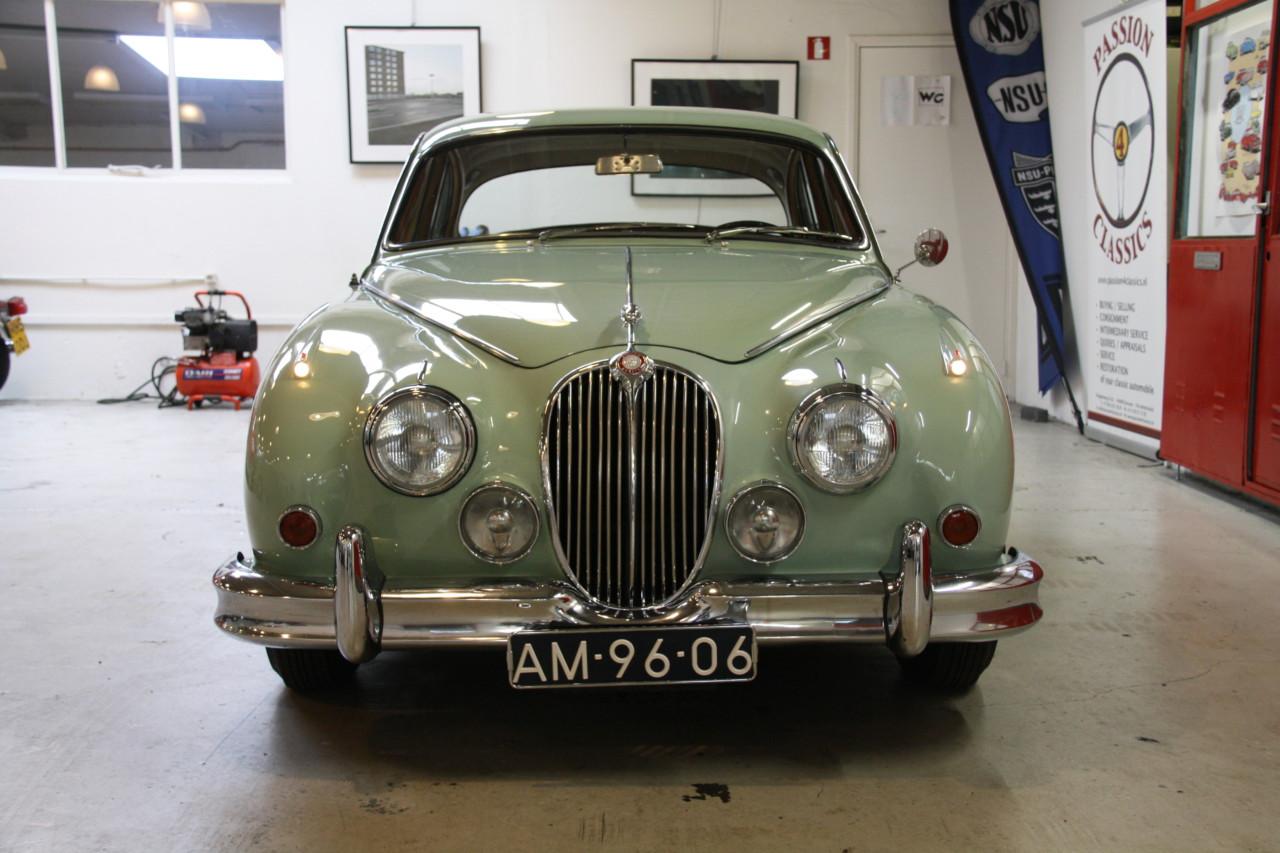 Jaguar MK II (48)