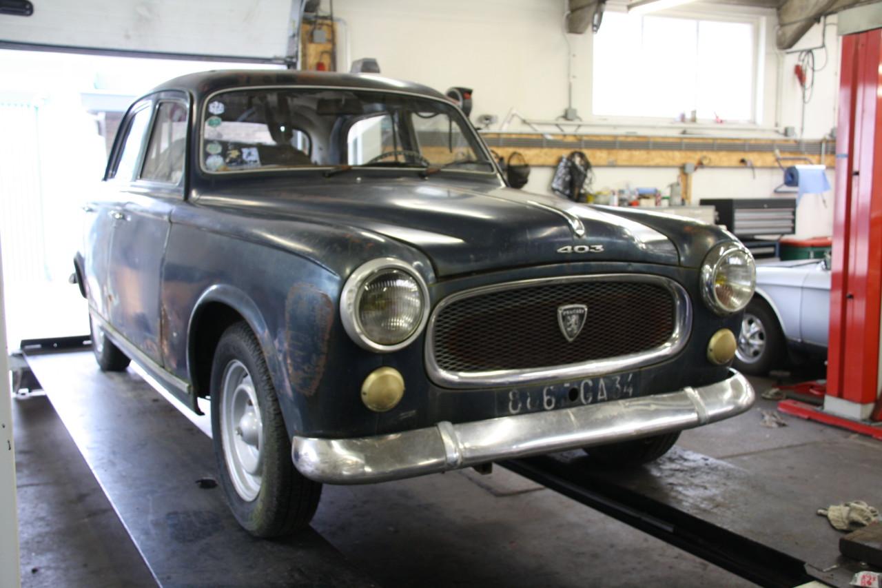 Peugeot 403 (43)