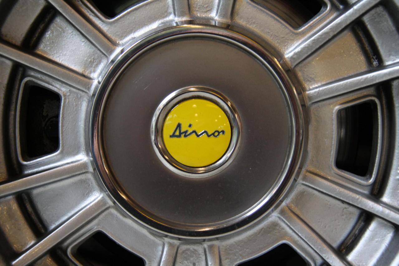 Ferrari Dino (84)