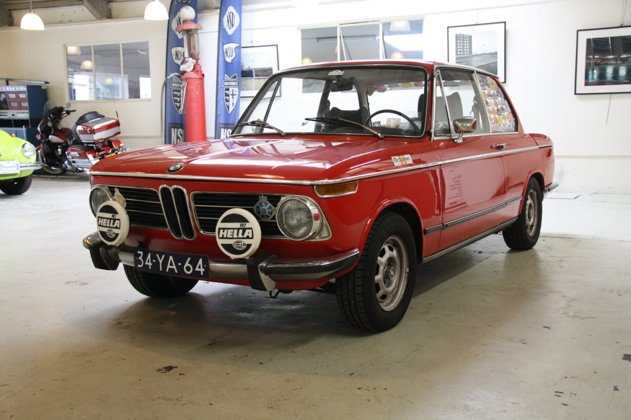 BMW 2002 (7)