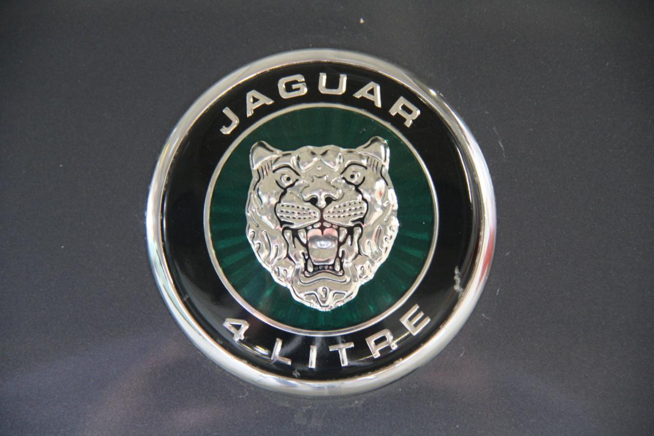 Jaguar XK 8 (15)