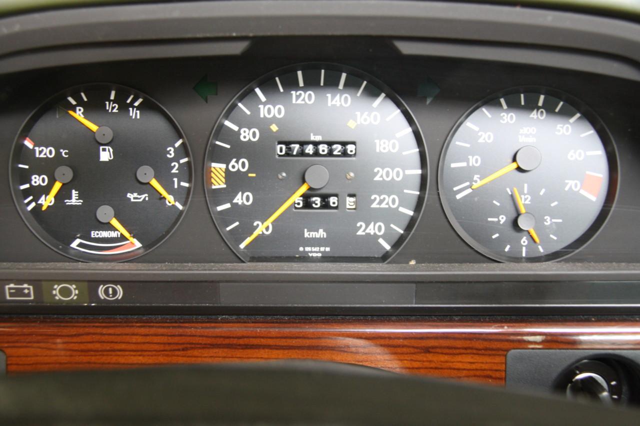 Mercedes 208 SE (12)