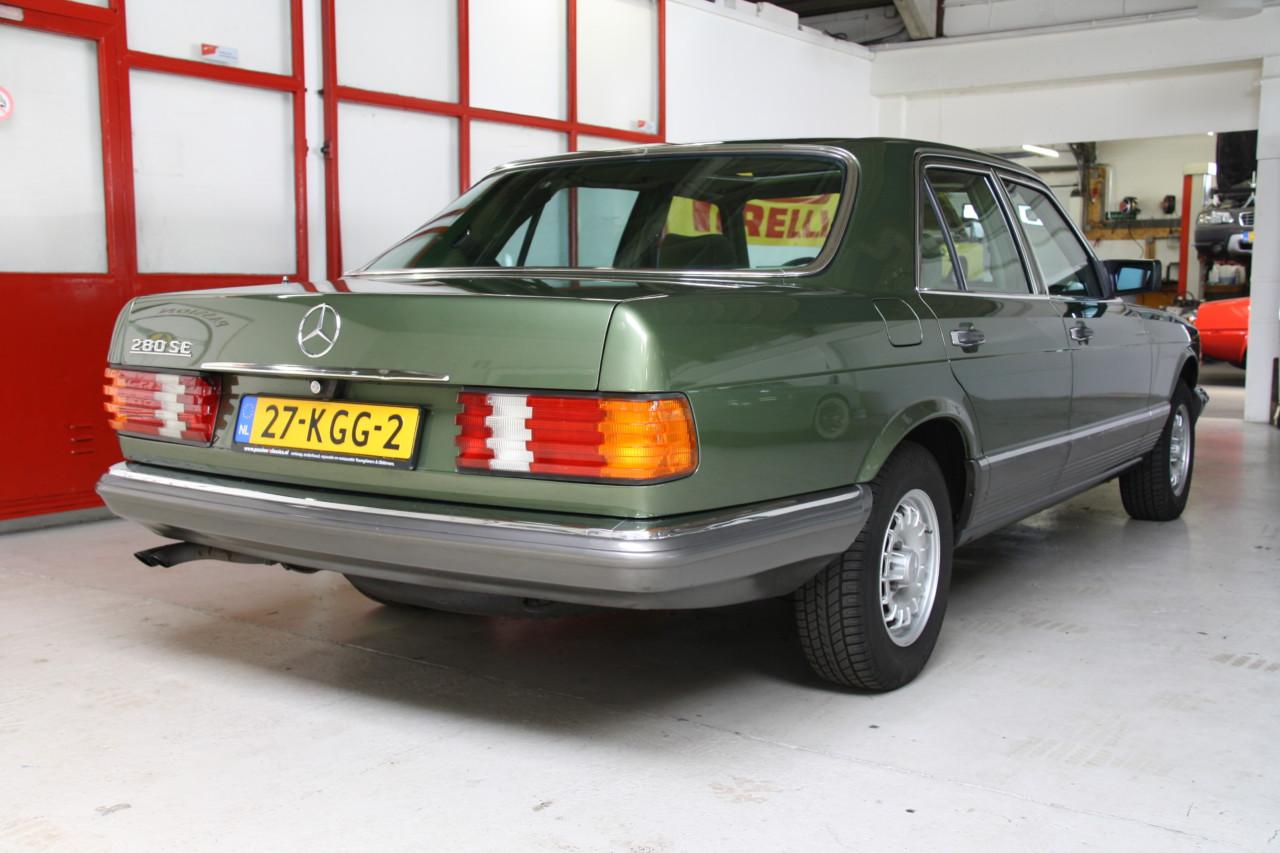 Mercedes 208 SE (50)