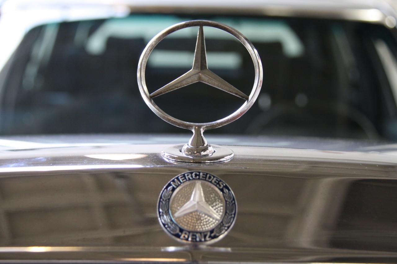 Mercedes 500 SEL (36)