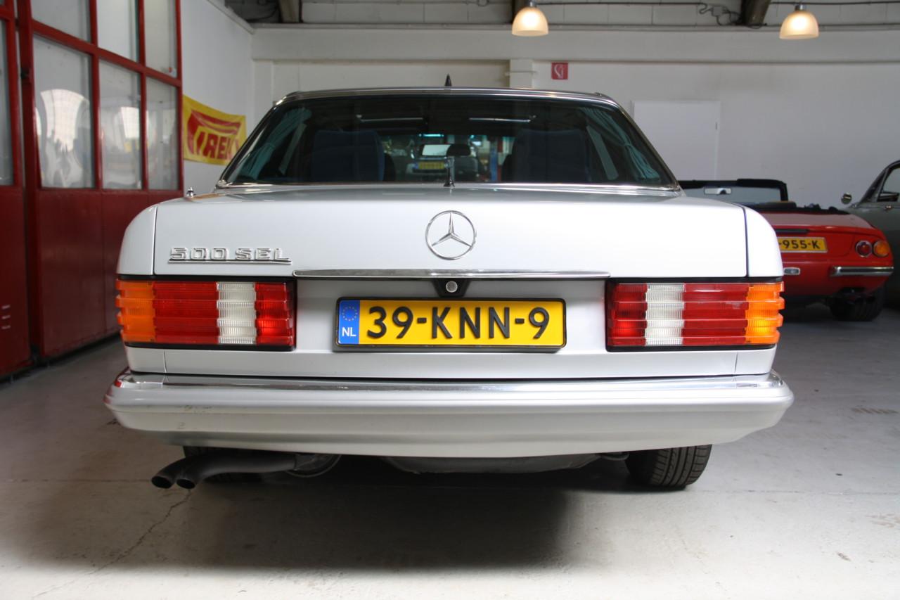 Mercedes 500 SEL (67)