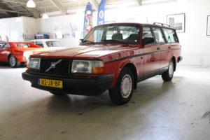 Volvo 245 Polar