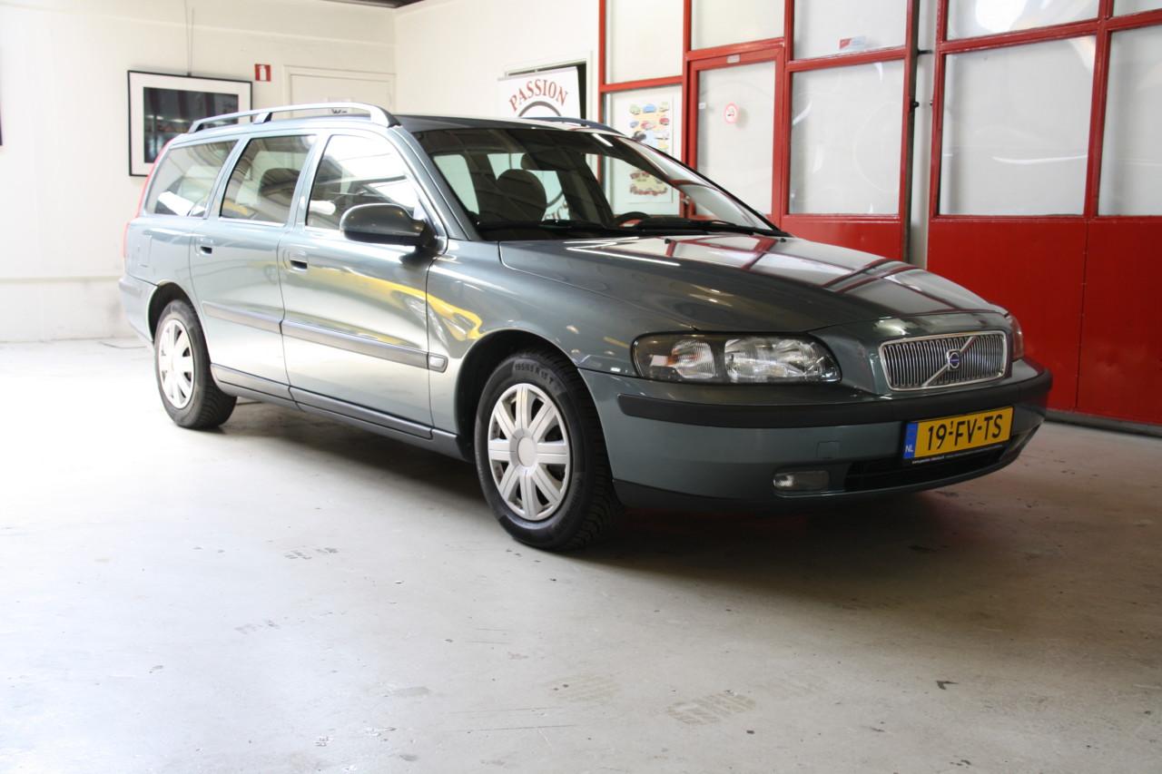 Volvo V70 (14)