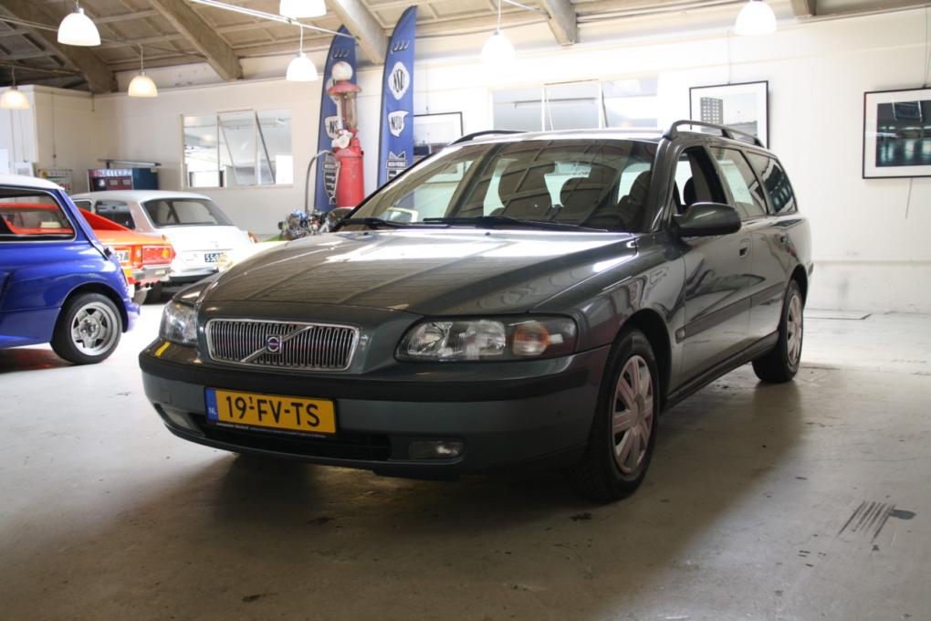Volvo V70 (17)