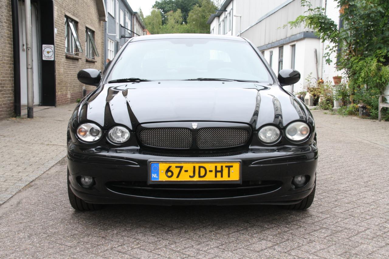 Jaguar X type (10)