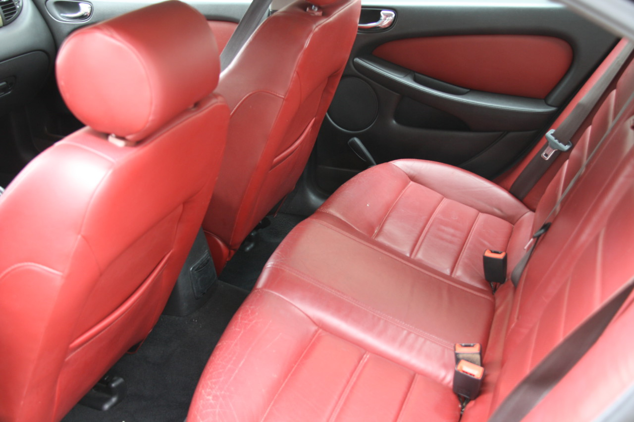 Jaguar X type (27)