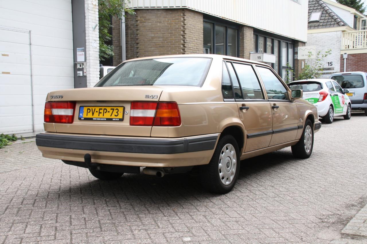 Volvo 940 (8)