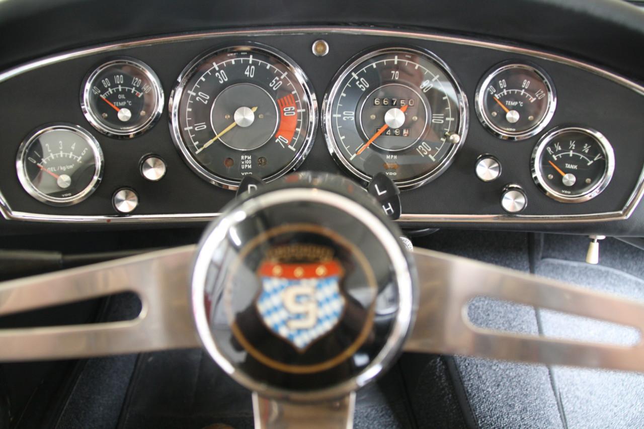 Glas 1700 GT (28)